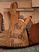 olde laundry room teardrop pocket
