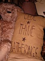 olde thyme gatherings star pillow