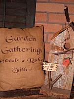 garden gatherings pillow