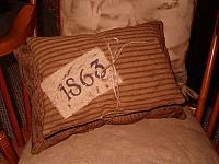 1863 tan pillow set