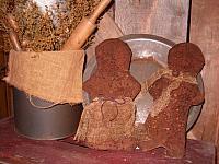 prim gingerbread couple