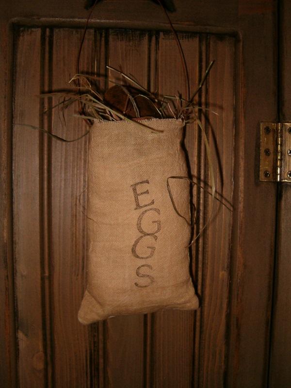 Eggs sack hanger