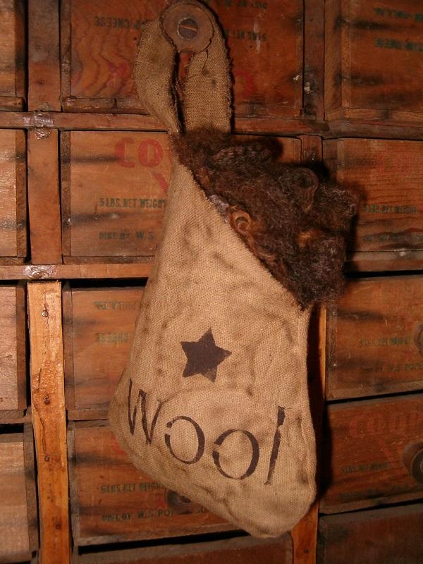 wool teardrop pocket