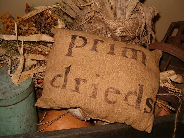 prim drieds pillow