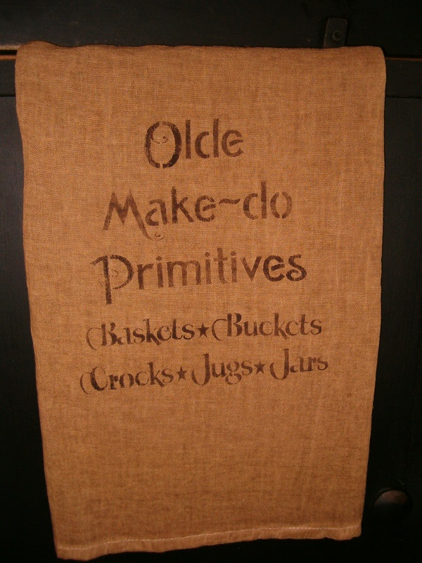 olde makedo primitives pillow