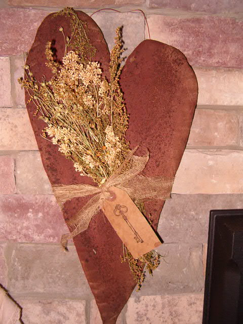 prim heart door hanger