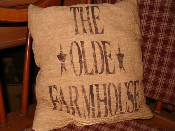 the olde farmhouse pillow with stars