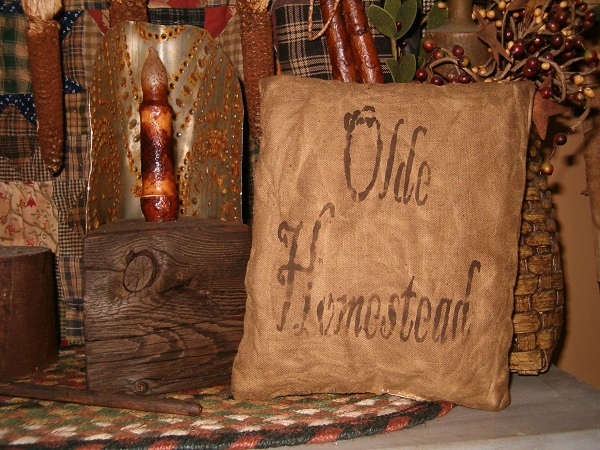 square olde homestead pillow