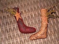 small prim stocking ornies