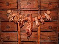 mahogany pod garland