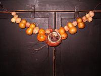 pumpkin kiss gourd tealite garland